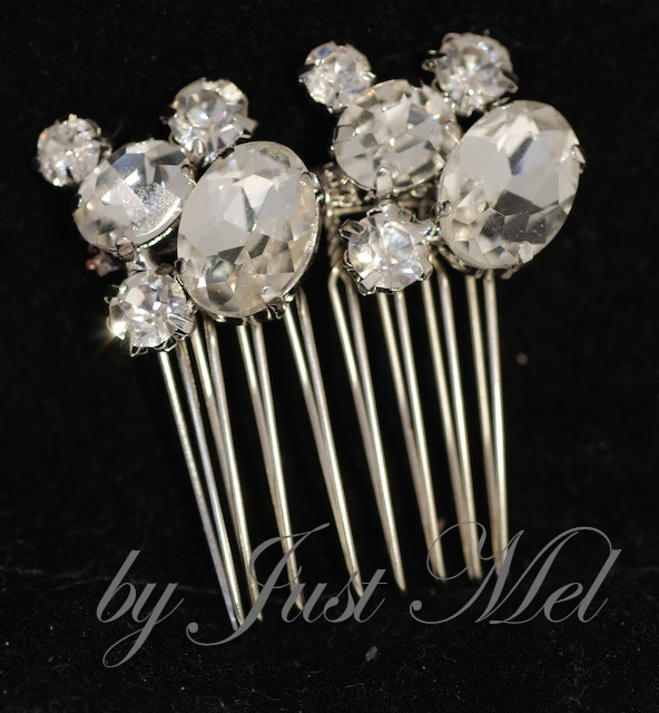 Vintage Oval Crystal Hair Comb (H001)